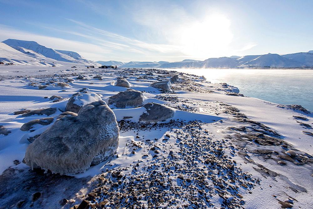 Snowy coast at Spitzbergen, Spitzbergen, Svalbard, Norway