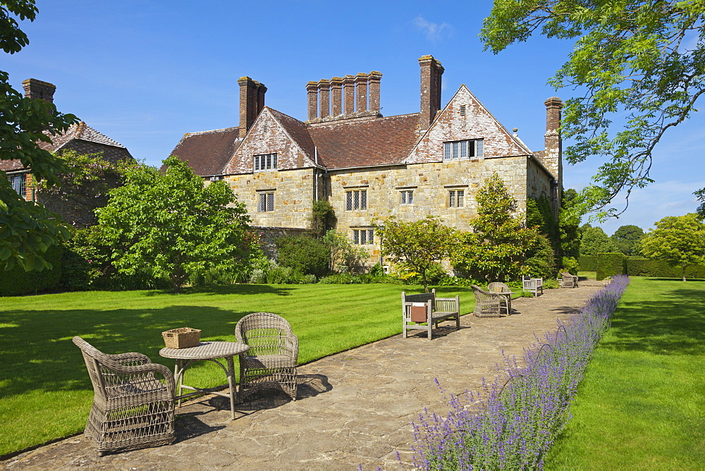 Manor house, Bateman's, home of the writer Rudyard Kipling, East Sussex, Great Britain