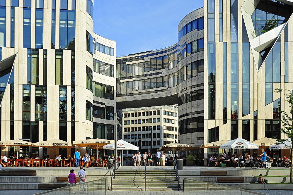Koe-Bogen, modern architecture in urban regeneration project, Duesseldorf, Dusseldorf, Rhineland, NRW, North Rhine-Westphalia, Germany