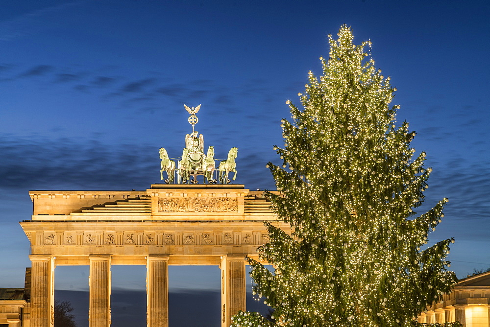 Christmas Tree on Pariser Platz and Brandenburg Gate, Berlin Germany