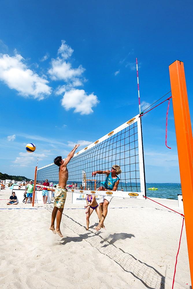 Beach volleyball, Timmendorfer Strand, Baltic Coast, Schleswig-Holstein, Germany