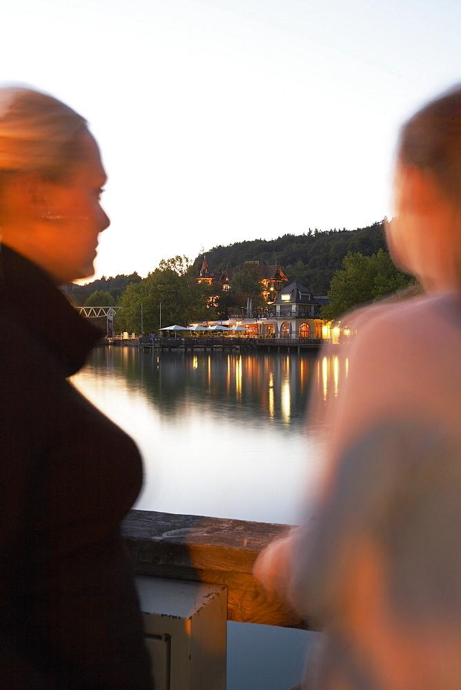 Europe, Austria, Woerthersee, restaurant Villa Lido, footbridge
