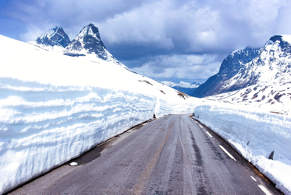 Spring, Fjellet, Mountains, Snow, Road, Passroad, Norway, Europe