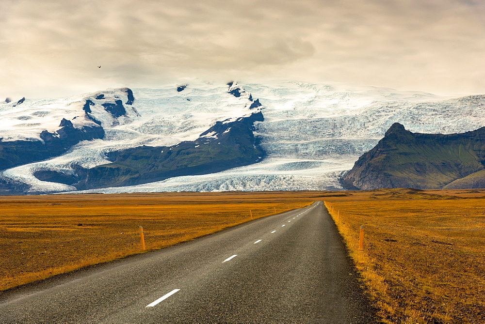Road, Ring Road, Glacier, Vatnajoekull, Mountains, Iceland, Europe