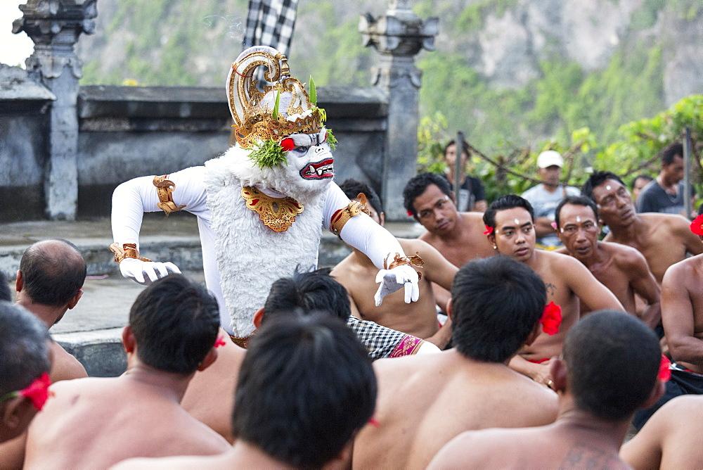 Kecak Fire Dance, Pura Uluwatu Temple, Uluwatu, Bali, Indonesia