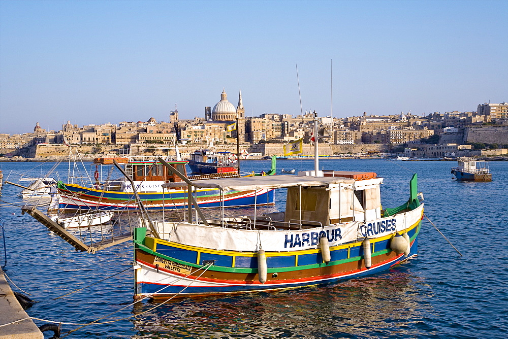 Colourful excursion boat at Marsamxett Harbour with view at the town Valletta, Sliema, Malta, Europe - 1113-103093