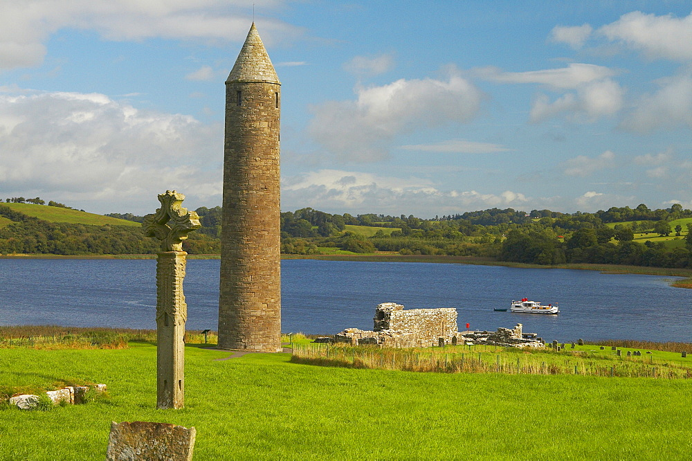 outdoor photo, with a houseboat on the Lower Lough Erne, Shannon & Erne Waterway, County Fermanagh, Northern Ireland, Europe