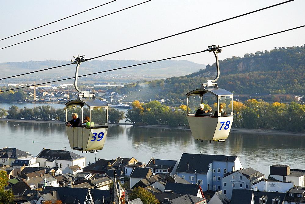 Overhead cable car, Ruedesheim am Rhein, Rhine District, Hesse, Germany