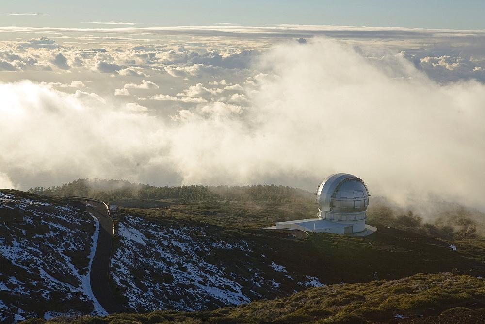 Gran Telescopio Canarias, GranTeCan, GTC, world's largest mirror telescope, Observatorio Astrofisico, astronomy, astrophysics, observatory, cupola, Roque de los Muchachos, Caldera de Taburiente, La Palma, Canary Islands, Spain, Europe