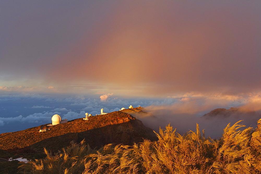 Observatorio Astrofisico, astronomy, astrophysics, observatory, cupolas, Roque de los Muchachos, Caldera de Taburiente, national parc, Parque Nacional Caldera de Taburiente, natural preserve, UNESCO Biosphere Reserve, La Palma, Canary Islands, Spain, Europe