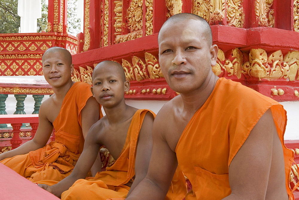 Buddhistic monks at a temple, Udong, Phnom Penh Province, Cambodia, Asia