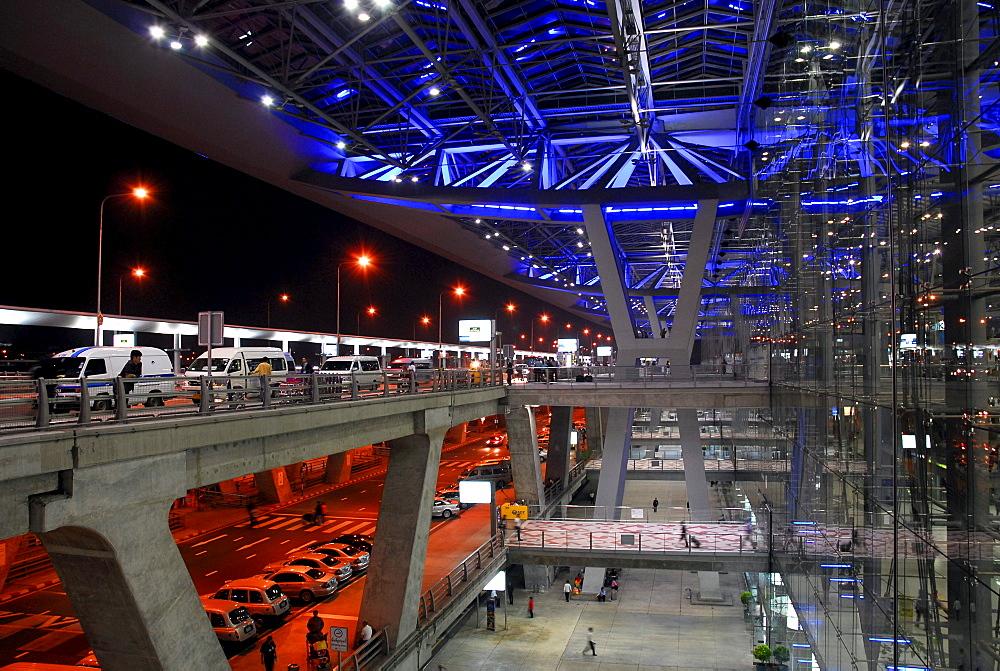 Entrance area, Suvarnabhumi International Airport, Bangkok, Krung Thep, Thailand, Asia *** Local Caption ***