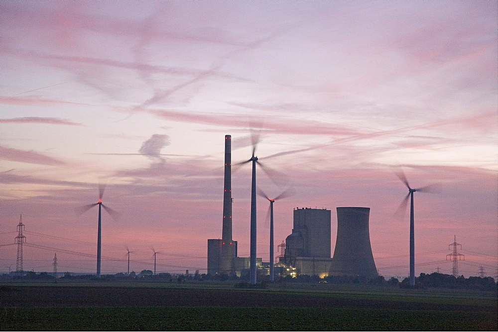 coal power station, and wind turbines, Mehrum, Hanover, Lower saxony, northern Germany