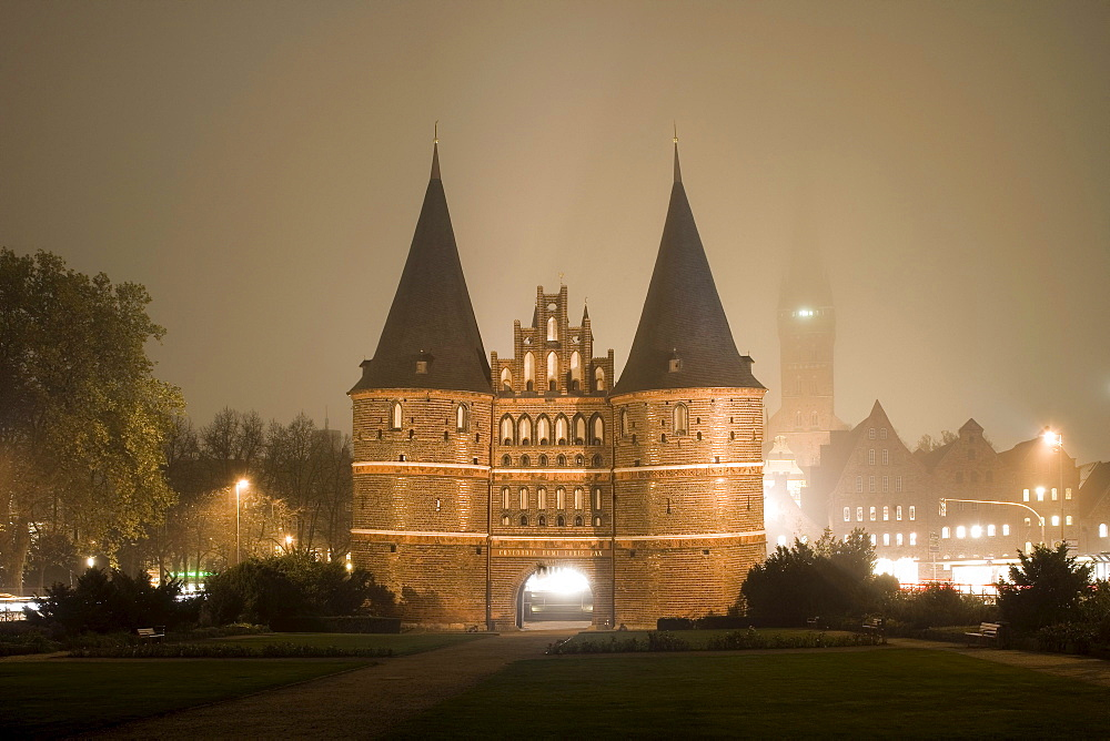 The Holstentor, a Luebeck landmark with St. Mary's church, Marienkirche on the left and the church of St. Petri on the right, Hanseatic city of Luebeck, Schleswig-Holstein, Germany, Europe