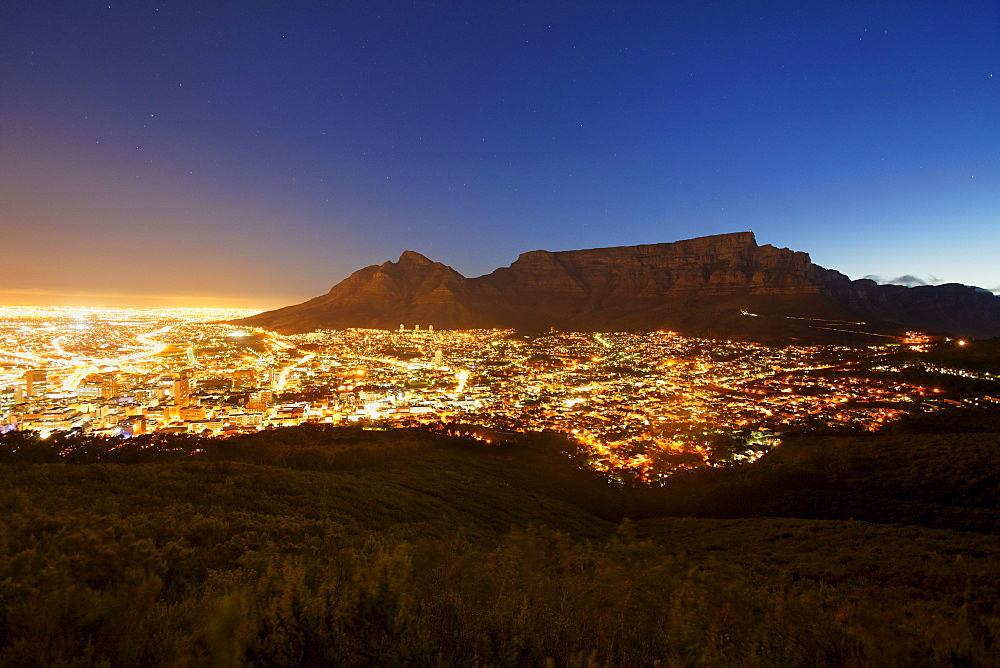 View from Signal Hill road over Capetown and Table mountain, Western Cape, RSA, South Africa, Africa