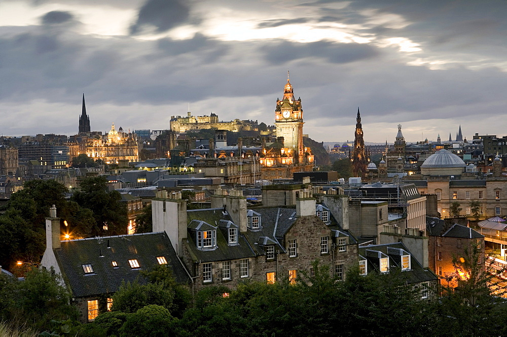 View from Calton Hill towards Edinburgh Castle, Clock tower is the Balmoral Hotel, Edinburgh, Scotland, Europe