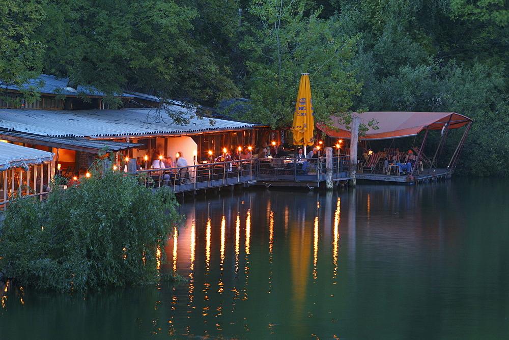 open air dining on Flutgraben, Kreuzberg, Treptow, Berlin
