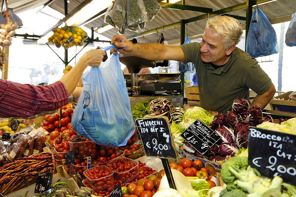 People at a market stand, Bozen, South Tyrol, Italy, Europe