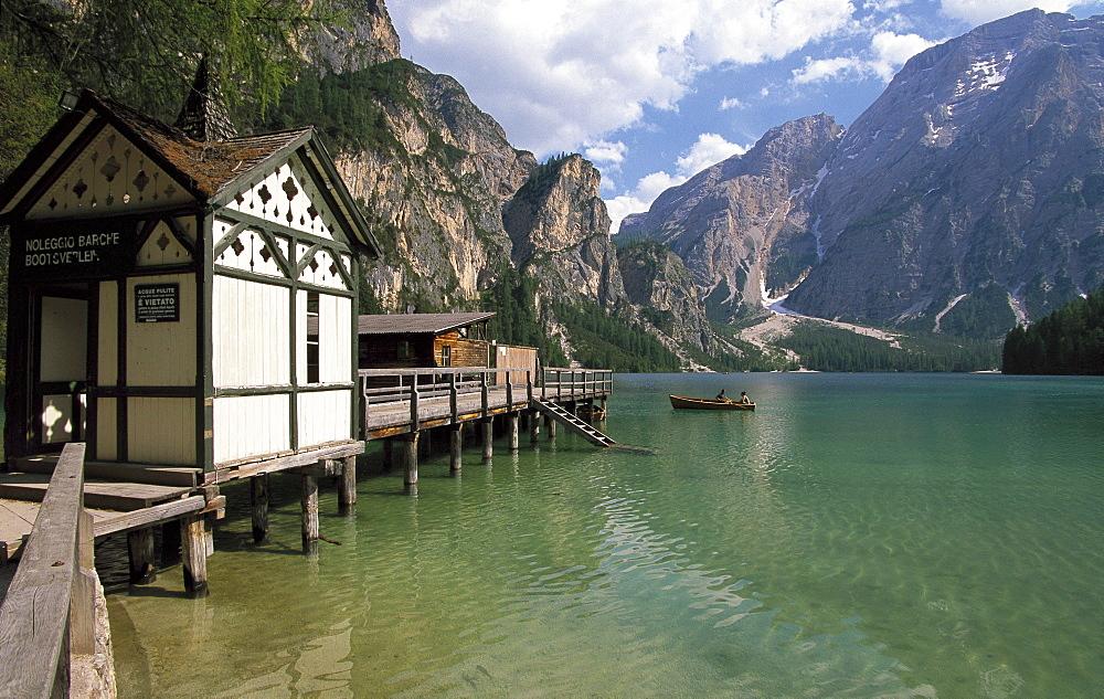Pragser Wildsee, Lake Prags, Fanes Senes Prags Nature Reserve, Prags, South Tyrol, Italy