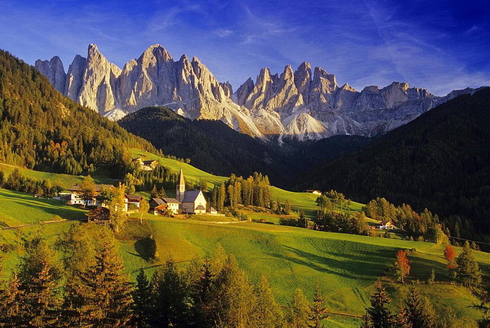 Santa Magdalena, Le Odle, Val di Funes, Dolomite Alps, South Tyrol, Italy