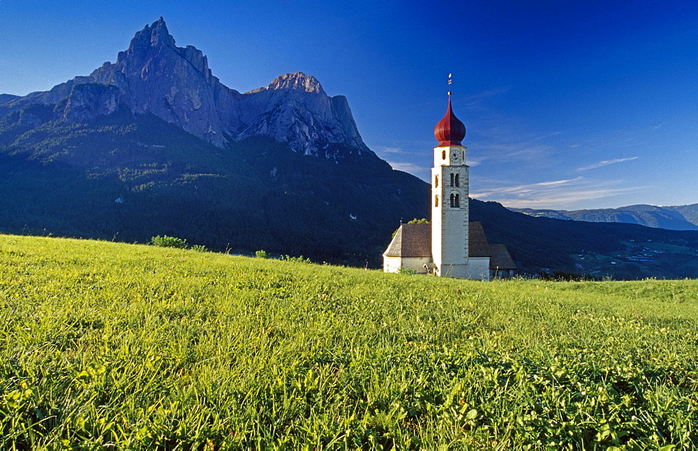 San Valentino chapel, view to Monte Sciliar, Dolomite Alps, South Tyrol, Italy