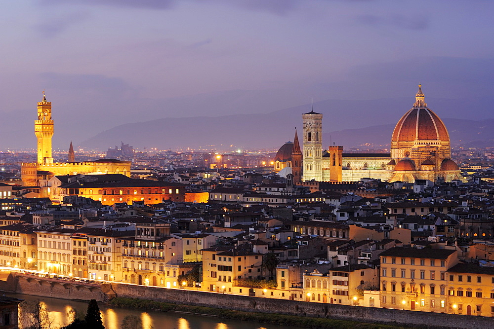 Illuminated city of Florence with Palazzo Vecchio and cathedral Santa Maria del Fiore, Florence, UNESCO world heritage site, Tuscany, Italy