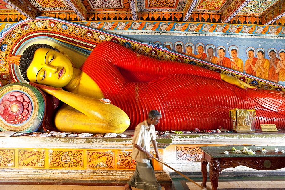 Larger than life sized Buddha statue inside the Isurumunjya temple, Isurumuni Maha Vihara, Sacred City, Anuradhapura, Sri Lanka, Asia