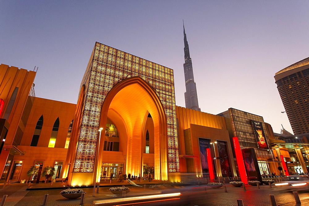 Dubai Mall next to Burj Khalifa, biggest shopping mall in the world with more than 1200 shops, Dubai, UAE
