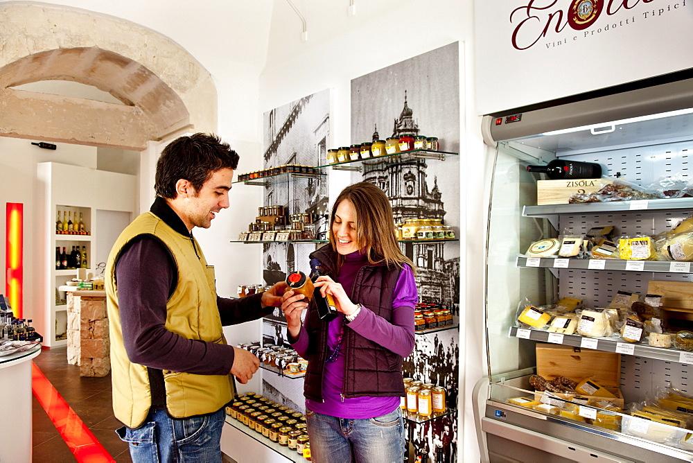 Delicatessen, Enoteca Il Barocco, Ragusa Ibla, Ragusa, Sicily, Italy