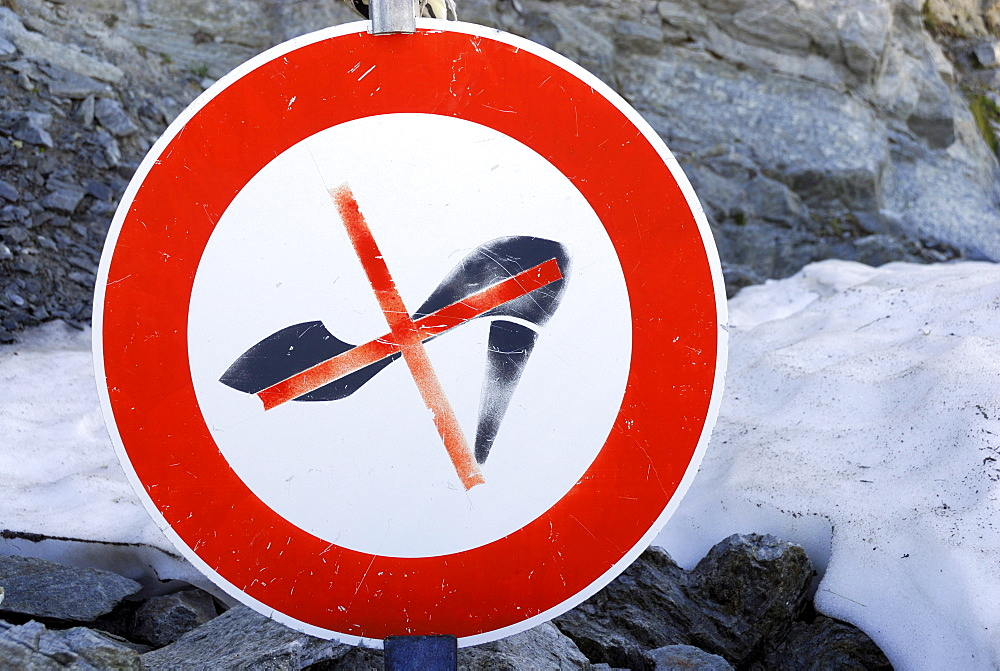 No high-heeled shoes sign in the mountains, Oetztal mountain range, Tyrol, Austria