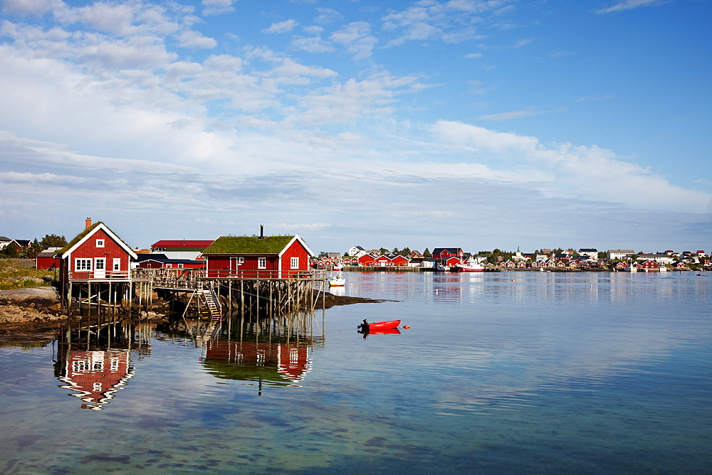 Traditional Rorbu fisherman`s hut, Reine village, Moskenesoya, Lofoten Islands, North Norway, Norway