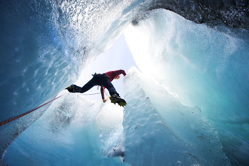 Man ice climbing, Pasterze Glacier, Grossglockner, Carinthia, Austria