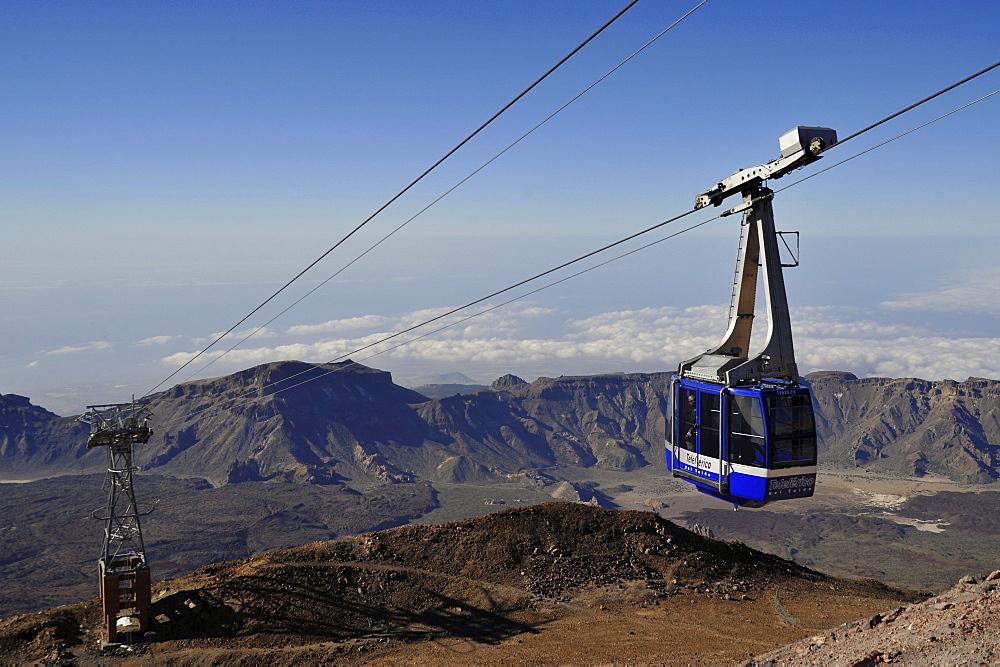 Cable railway high above Canadas de Teide mowing to mountain station, Teide Nationalpark, Tenerife, Spain