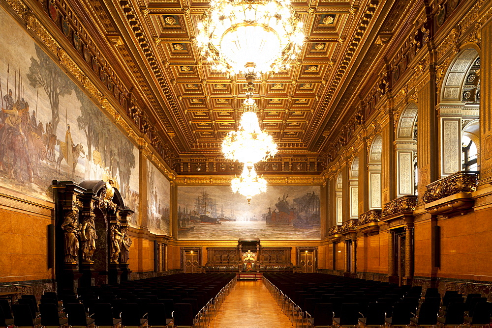 Deserted grosser Festsaal, Hamburg Town Hall, Hanseatic city of Hamburg, Germany, Europe