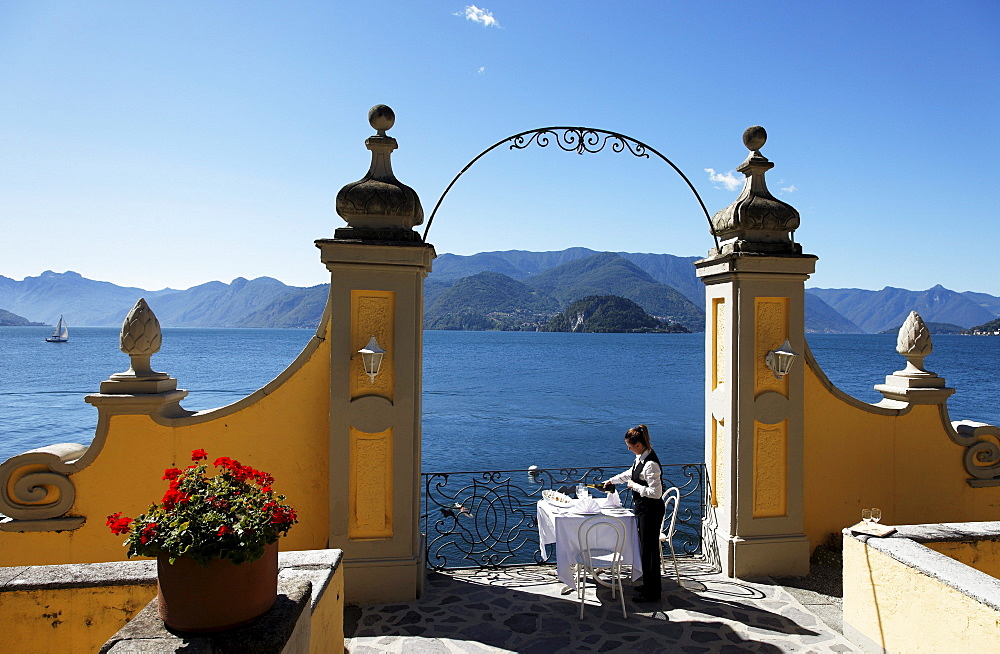 Outdoor, Staff lays the table, Hotel Royal Victoria, Varenna, Lake Como, Lombardy, Italy