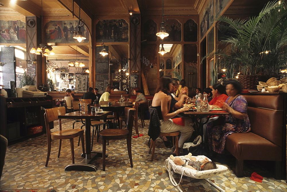 Café Charbon, Rue Oberkampf, Cafe in a former dance hall, 11e Arrondissement, Paris, France