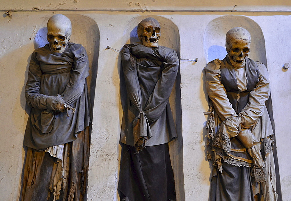 Three mummies, catacombs, Abbey dei Cappuccini, Palermo, Sicily, Italy
