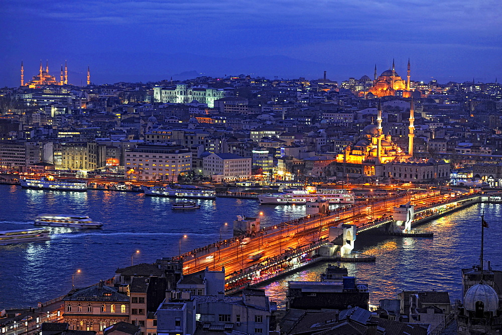View over Golden Horn with Galata Bridge in the evening, Istanbul, Turkey