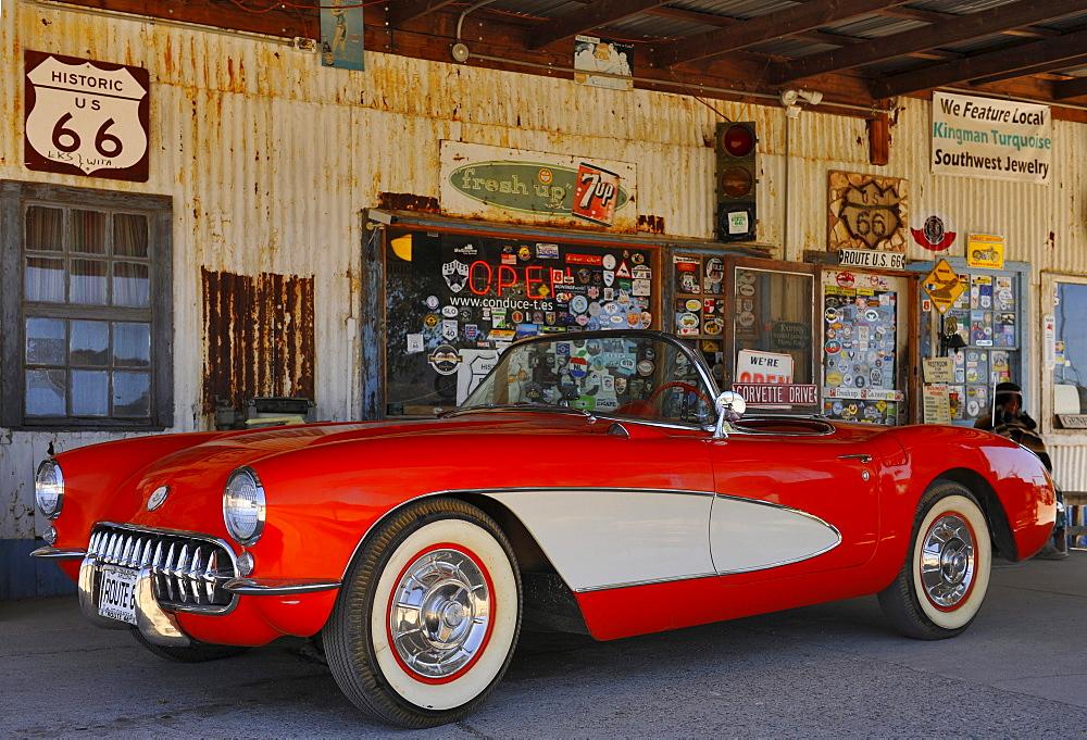 Corvette, Coffe Shop, Route 66, Arizona, USA
