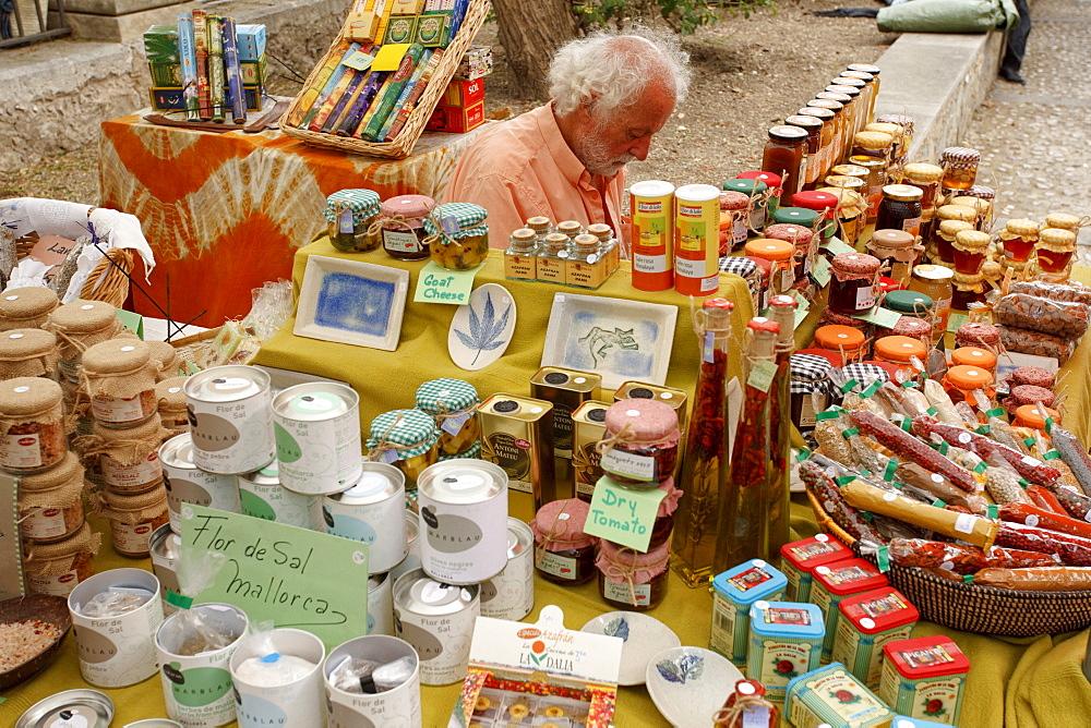 Weekly market, Arta, town, Mallorca, Balearic Islands, Spain, Europe