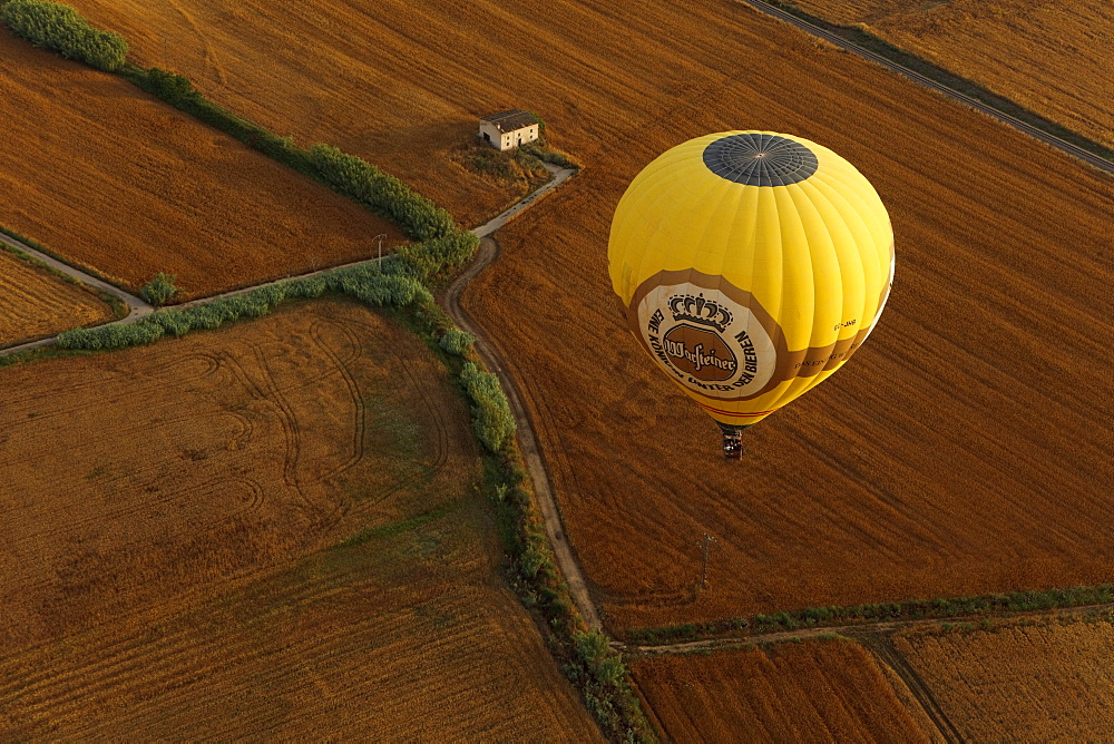 Hot air ballooning, balloon ride, Mallorca Ballons, plain Es Pla, Mallorca, Balearic Islands, Spain, Europe