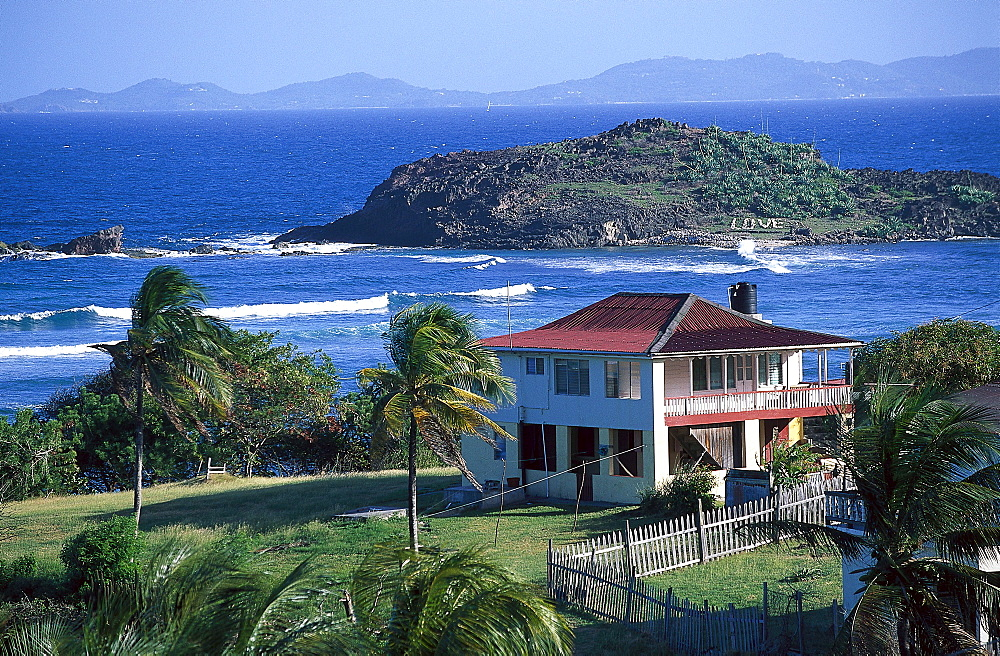 House at Friendship Bay in the sunlight, Bequia, St. Vincent, Grenadines, Caribbean, America