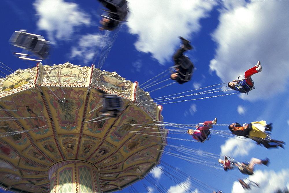 Swing carousel, Oktoberfest, Munich, Bavaria, Germany