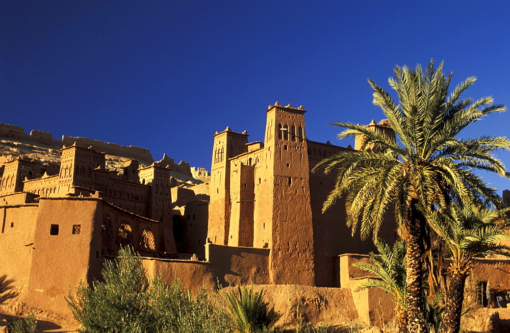 Village at the foot of the High Altas, Kasbah Ait Benhaddou, Morocco, Africa