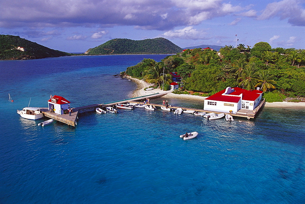 Boats at a jetty in front of little island, Marina Cay, British Virgin Islands, Caribbean, America - 1113-60116