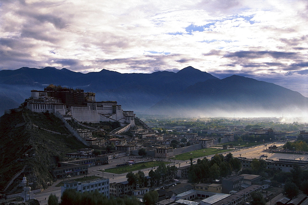 Potala palace under clouded sky, Lhasa, Tibet, Asia