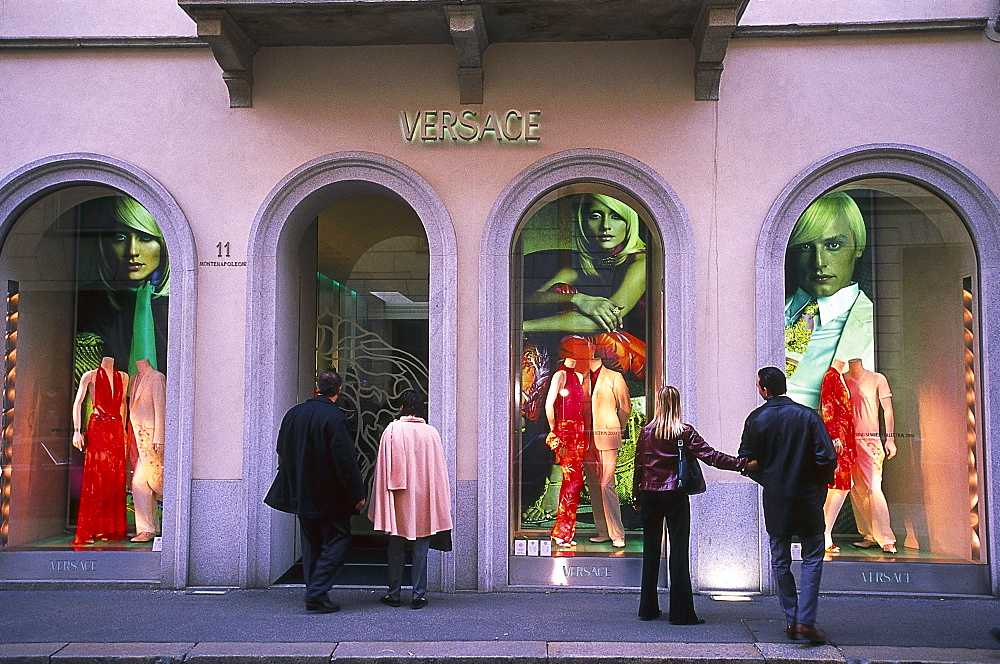 People in front of the shop windows of a boutique, Via Monte Napoleone, Milan, Lombardia, Italy, Europe - 1113-61465