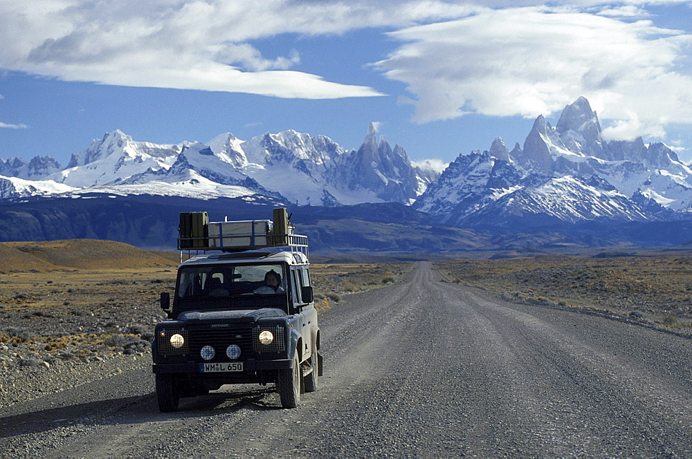 Car on road in front of Mount Fitz Roy, El CaltÈn, Patagonia, Argentina, South America, America