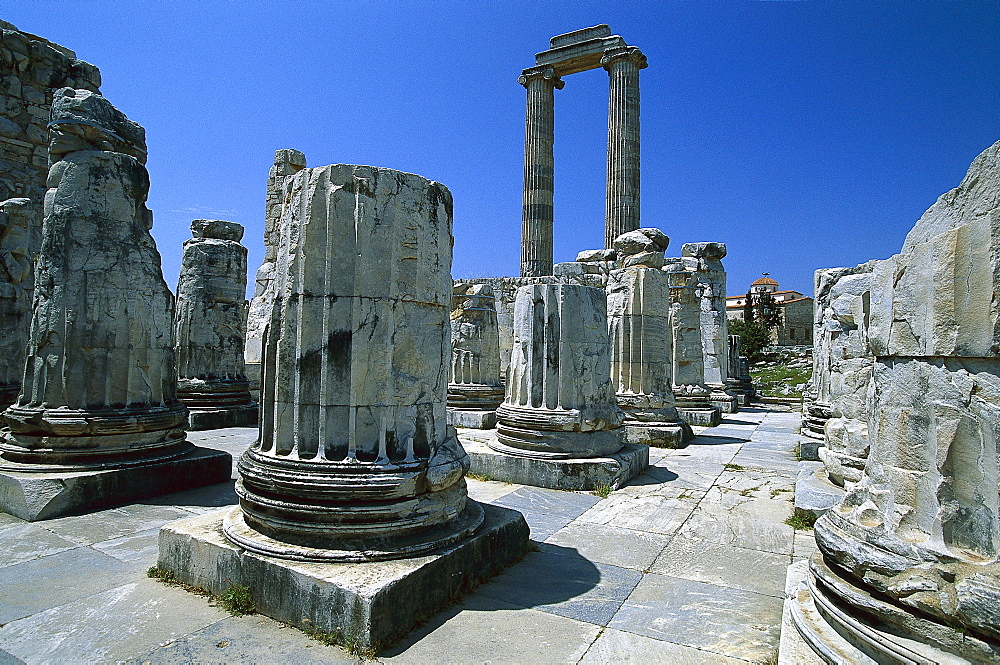 Temple of Apollo in the ancient city of Didyma, significant sanctuary and Oracle, Turkey