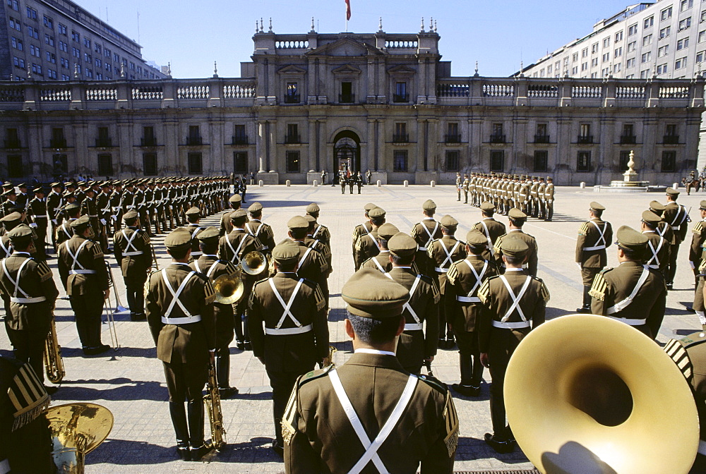 Changing of the guard, soldiers standing in front of the Palacio de la Monea, Santiago, Chile